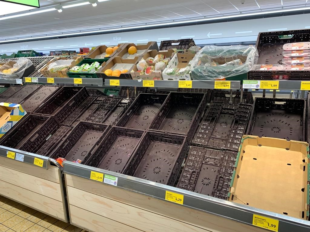 Rundschau De Hamsterkaufe Lassen Nach Supermarkte Performen Besser Als Discounter